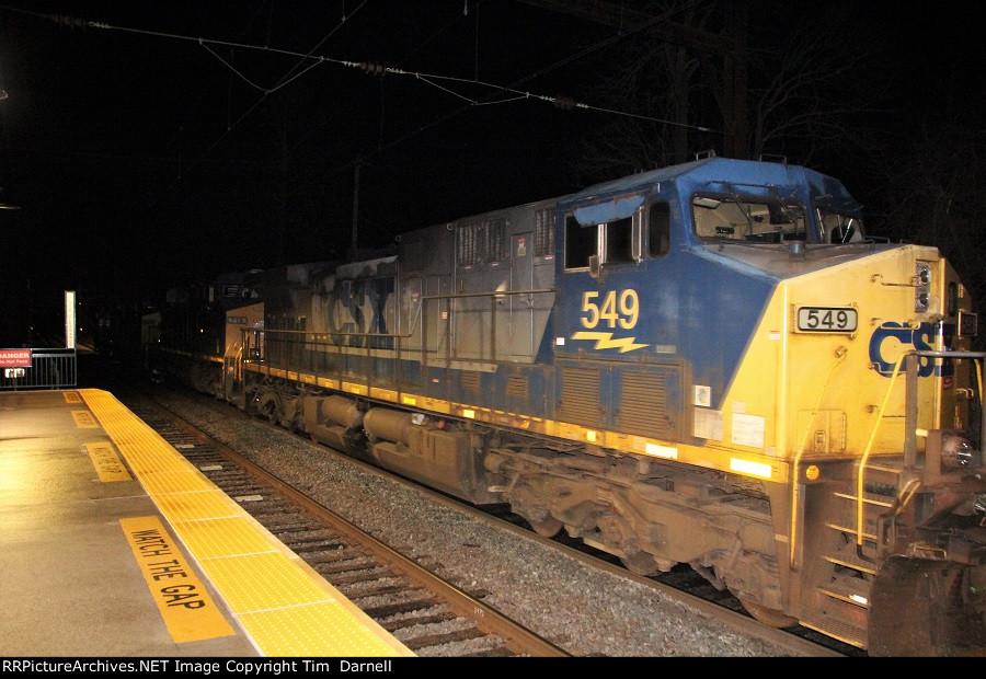 CSX 549 on Q190 at 1:20AM